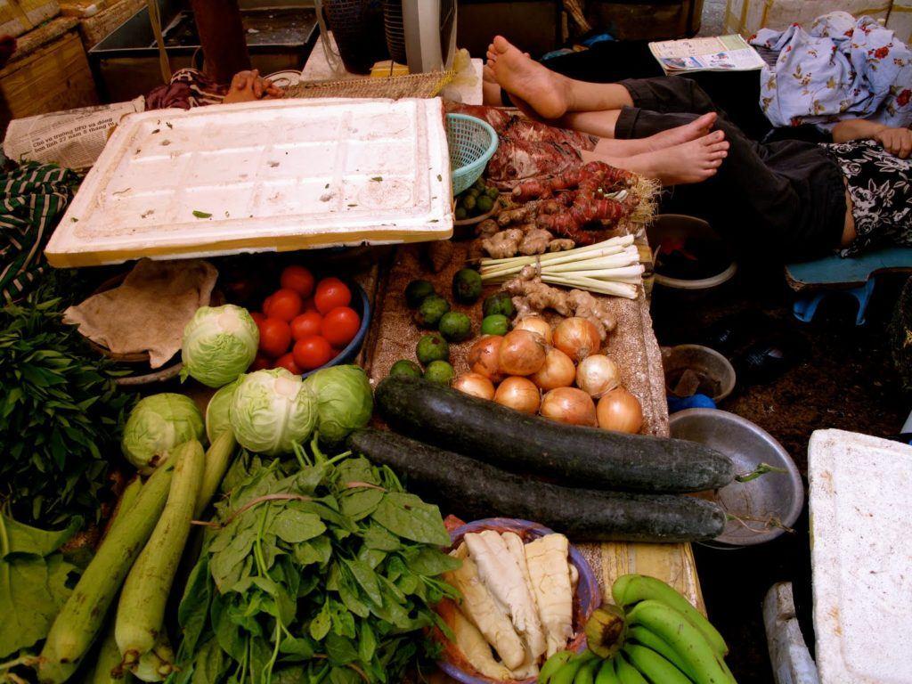 vietnamese-markets-1