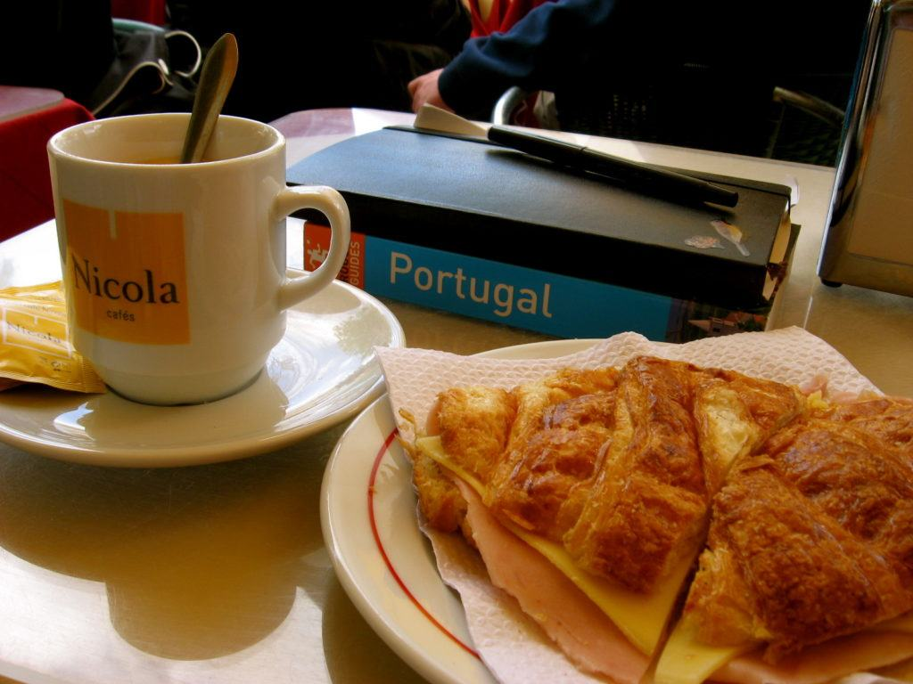 lisbon-breakfast