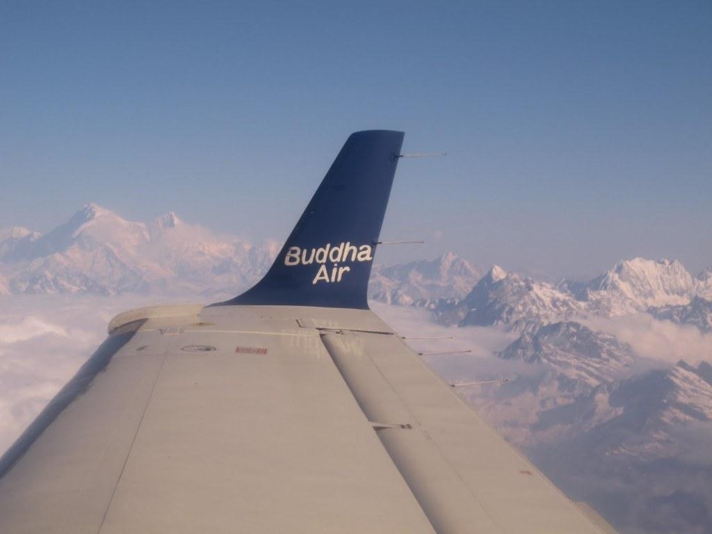 Flying over Everest 4