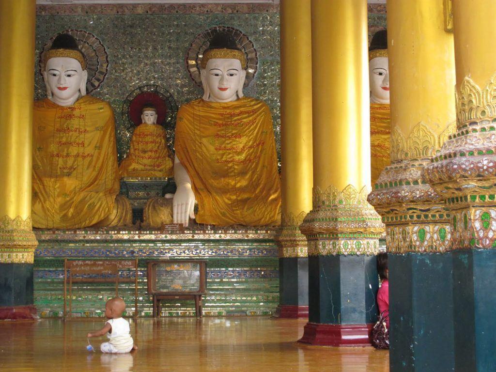 golden-temple-myanmar-3
