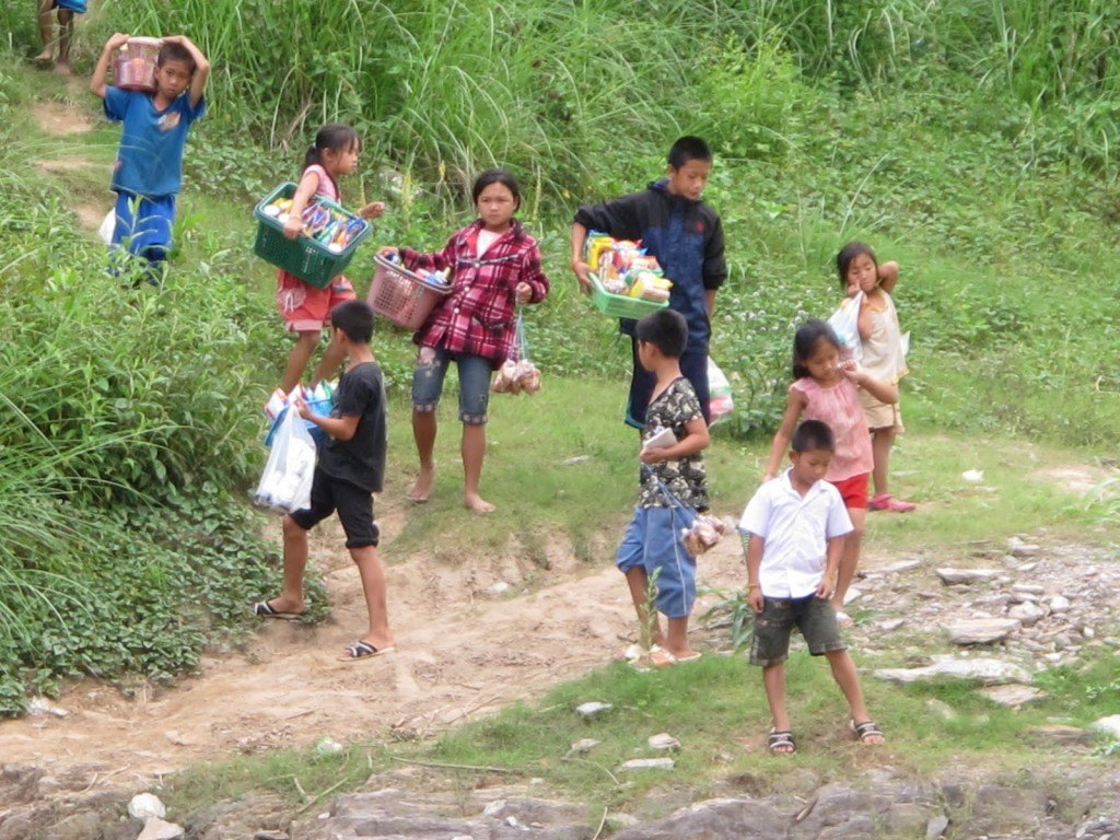 Slow boat to Laos 8