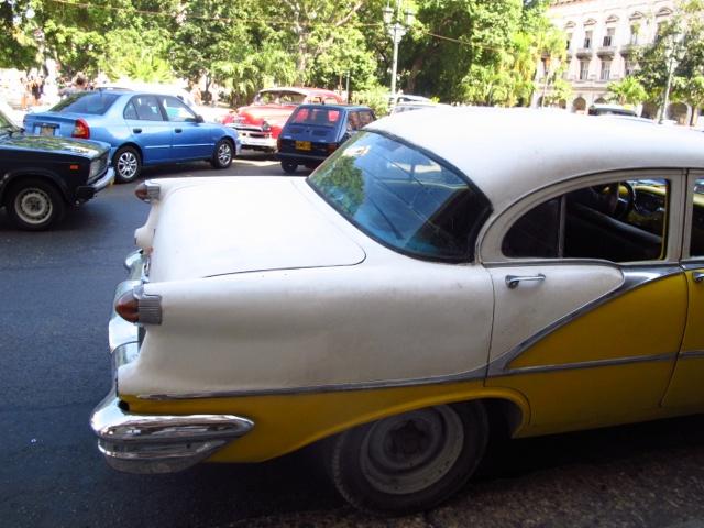 cars-in-cuba-3