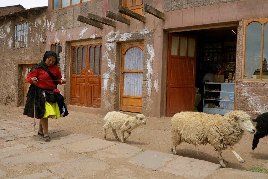 People of Lake Titicaca 3