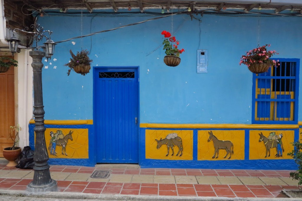 Why you should visit Guatape Colombia 13