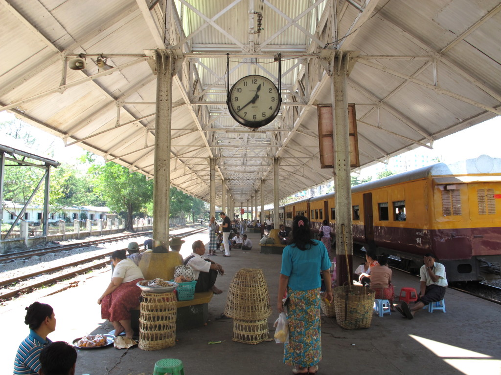 Yangon Circle Train 19