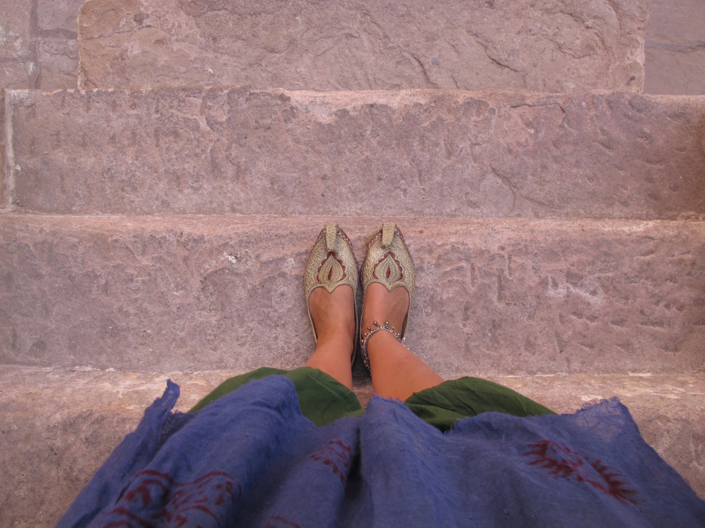 What to wear in India 14