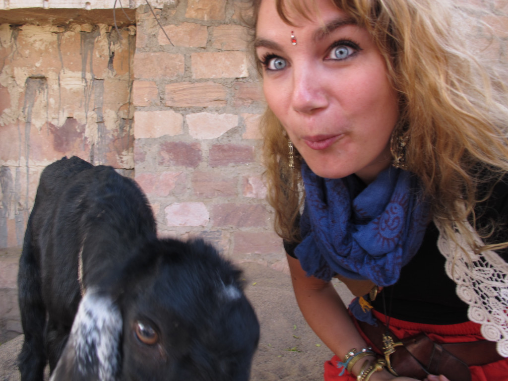 What to wear in India 16