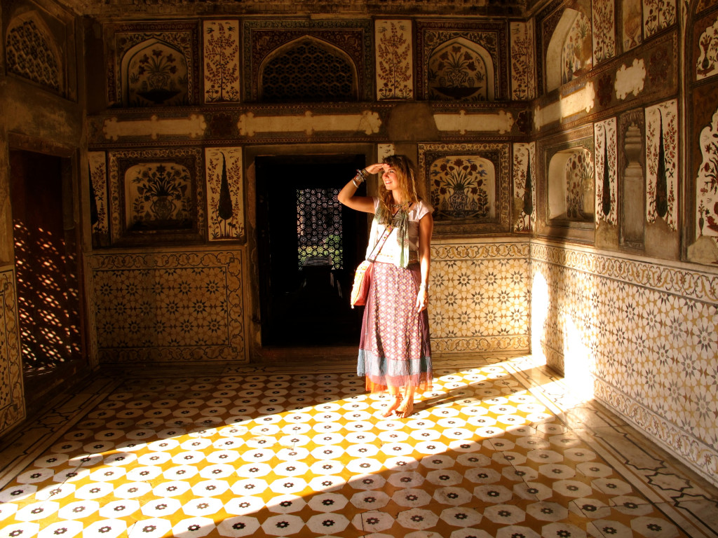 What to wear in India 24