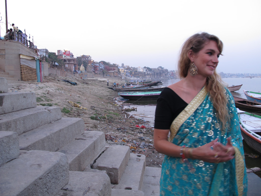 What to wear in India 37