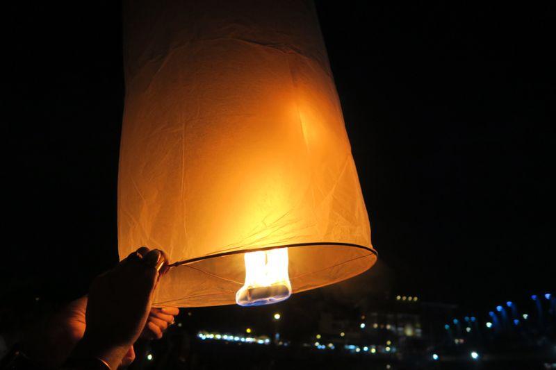 Loi Krathong Chiang Mai - 29 of 48