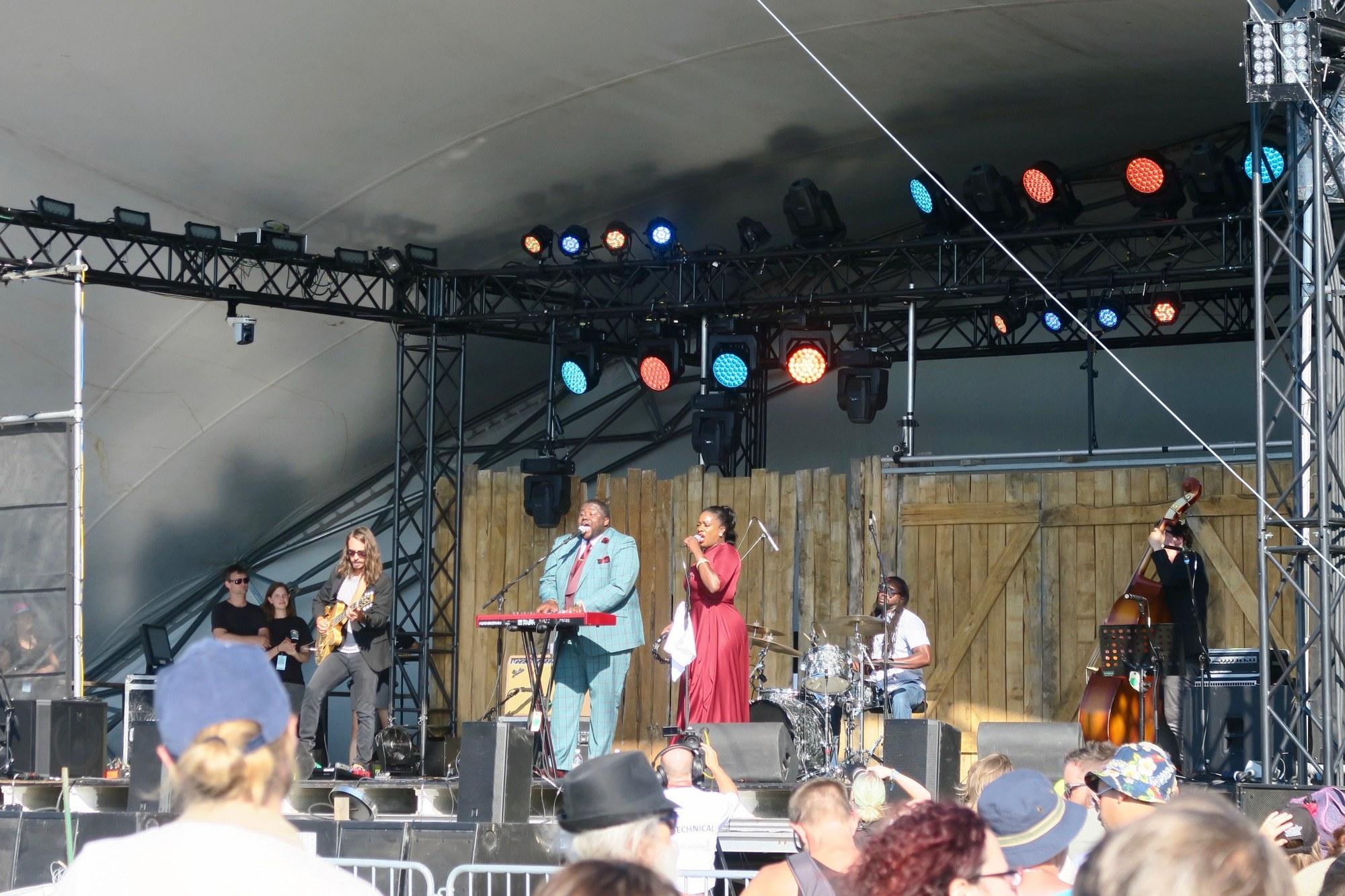 winnipeg folkfest