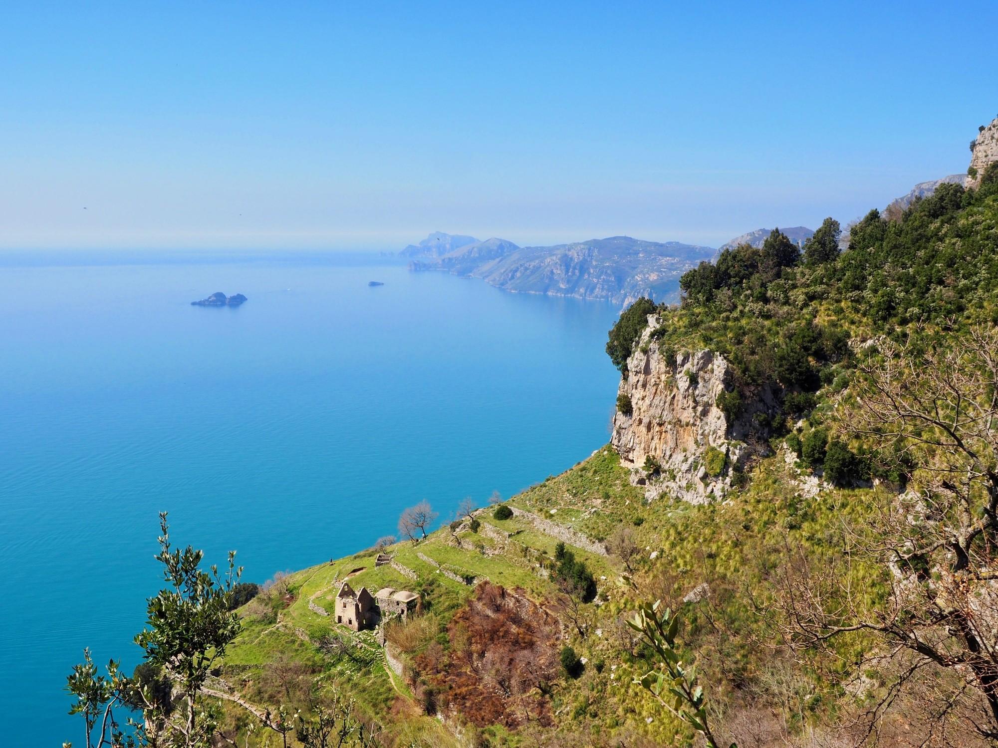 hiking Amalfi Coast Path of the Gods