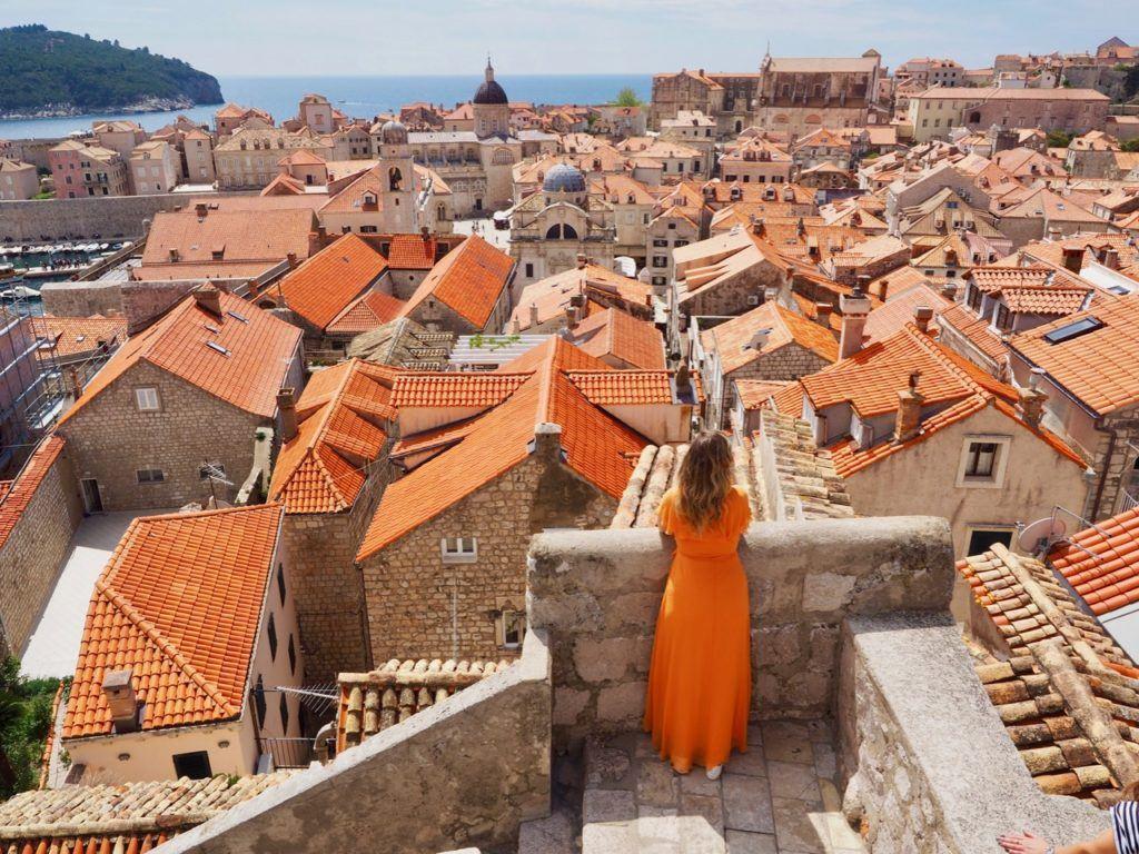 travelling between Dubrovnik and Kotor