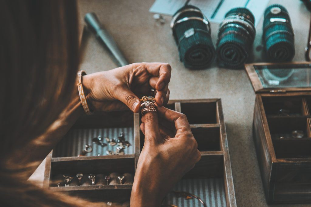 Jewellery - the best local gifts in Winnipeg