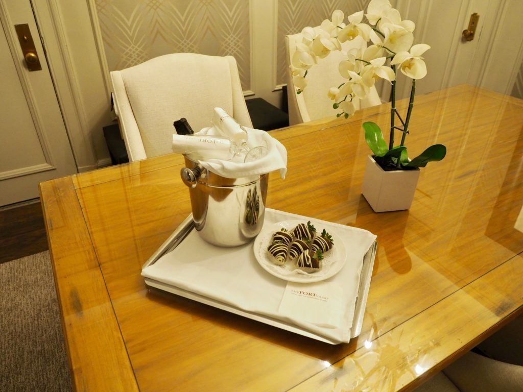 Winnipeg staycation - romance package at the Fort Garry hotel